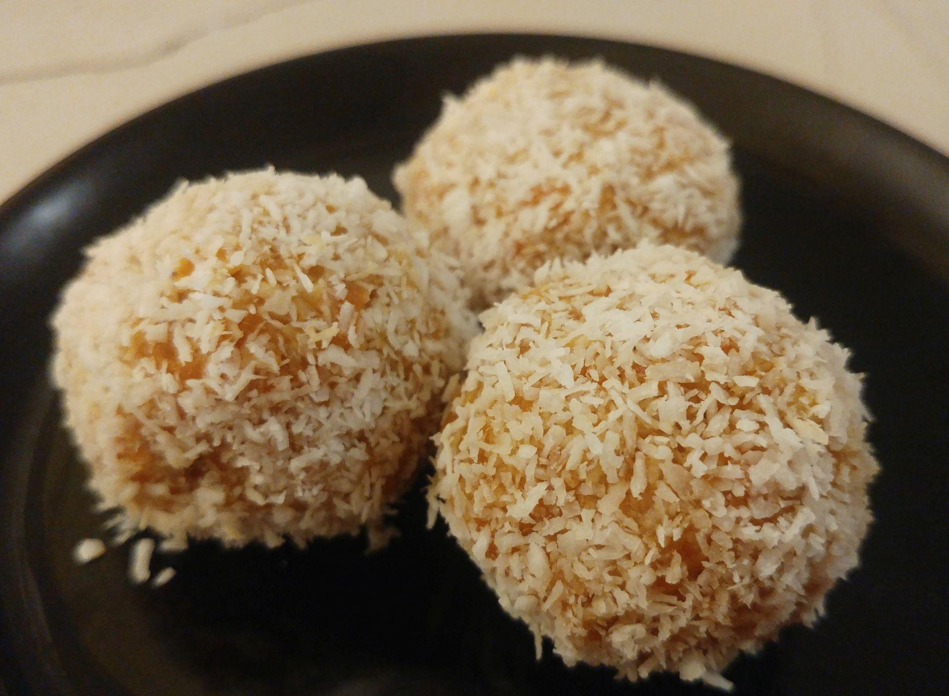 Bocaditos de zanahoria y coco